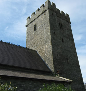 Photograph of the tower and St Tysul's Church, Llandysul.
